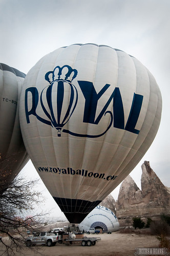7203426438 75a6349828 Bobbing Like Apples in Cappadocia with @RoyalBalloon