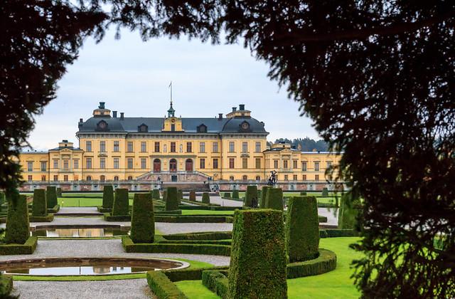 Framing - Drottningholm Palace / Sweden (UNESCO World Heritage) [Explore #1, THANK YOU]