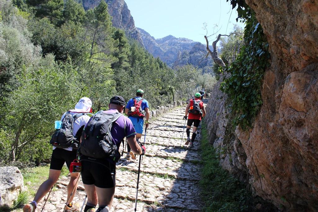 Pujada al Barranc - Ultra Trail Serra de                           Tramuntana 21-04-2012.