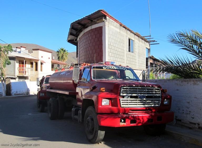 Bomberos (Fire Trucks), Mulege
