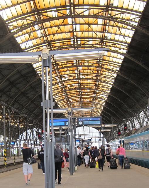 Prahan päärautatieasema
