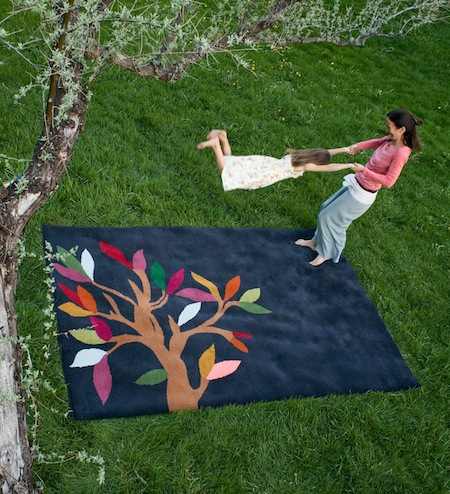 è bella_Tree of Life rug_Charcoal
