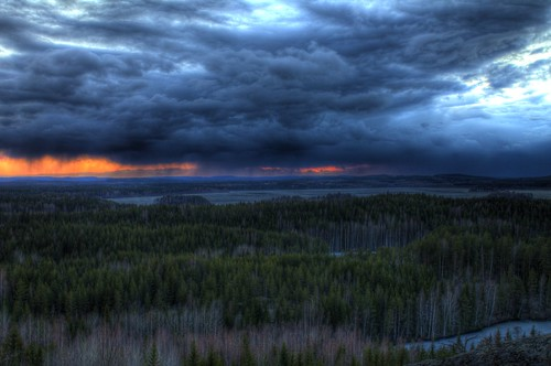 sunset mountain lake ice rain clouds canon eos rebel frozen dramatic mount rainy t3 hdr photomatix 1100d hyyppää