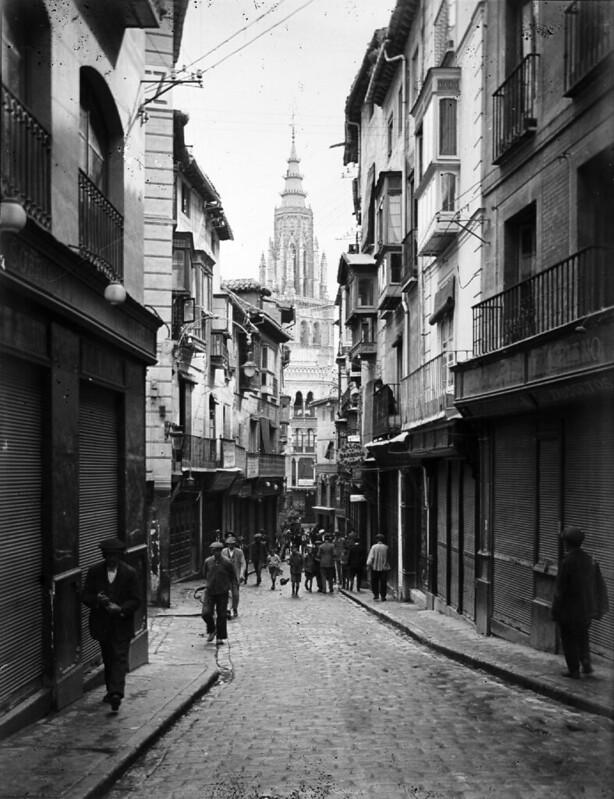 Calle Ancha en los años 20. Fotografía de Otto Wünderlich. © Fototeca del Patrimonio Histórico