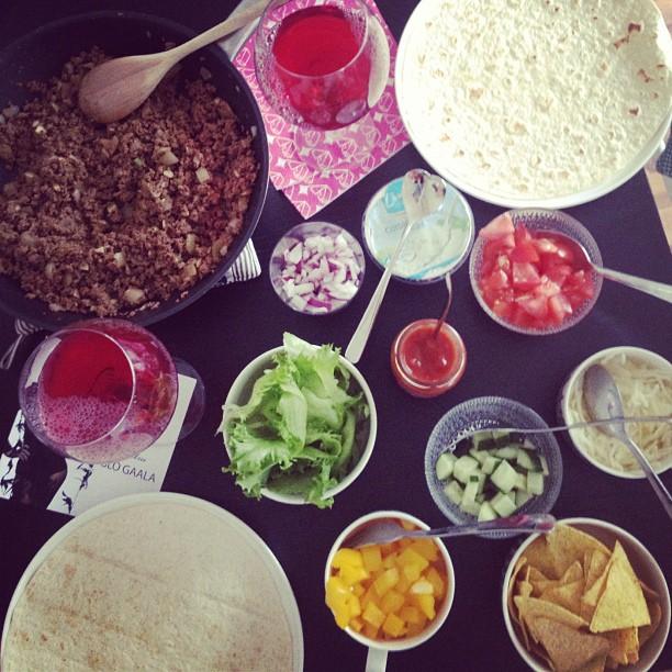 @taavik auttoi (syömään) #ionlypostfoodpics #food #texmex #iambest
