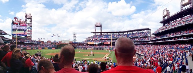 2nd phils game, national anthem