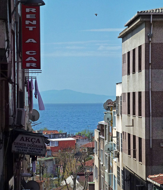 Istanbul - avril 2012 - jour 7 - 003 - Silahtar Mektebi Sokak