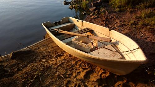 sunset summer mobile espoo suomi finland boat europe cellphone eu scandinavia kesä vene rowingboat soutuvene pitkäjärvi laaksolahti theverge n808 pureview iphoneography nokia808