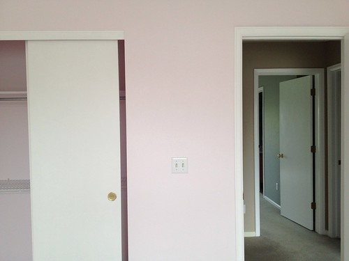 avery's very, very, very pink room