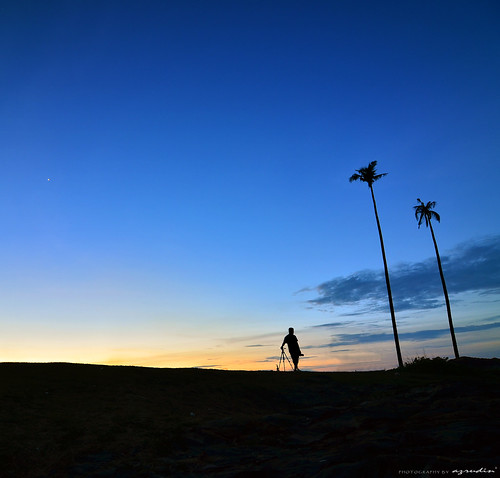 travel blue light sunset panorama cloud sun beach nature silhouette rock stone square landscape photography still lowlight nikon tokina1224 squareformat malaysia nightshots bluehour terengganu sifoocom d7000 hdcpl azrudin