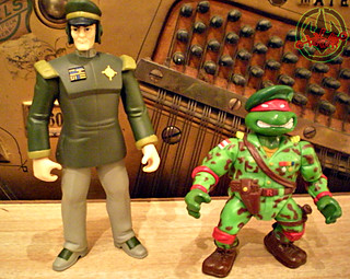 Mutant Military  TEENAGE MUTANT NINJA TURTLES :: RAPH, THE GREEN TEEN BERET xi / ..with General Blanque  (( 1991 ))