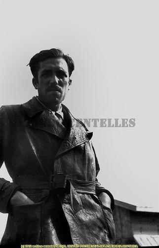 Agustí Centelles i Ossó en el campo de concentración de Bram, Francia,  1939  by Octavi Centelles