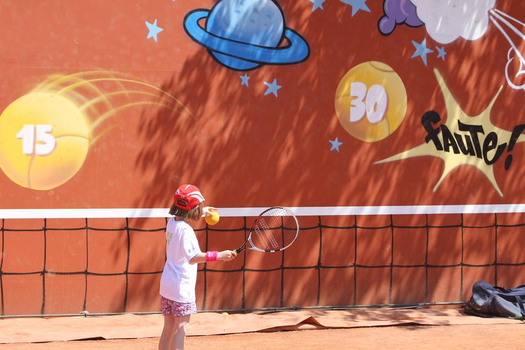 Mini tennis court