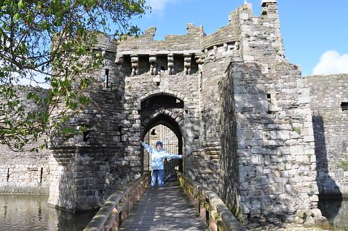 Beaumaris castle gate