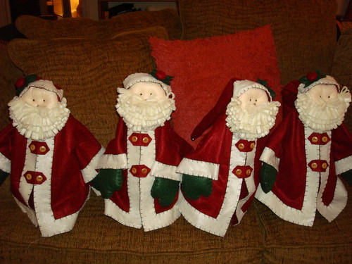 More Santas! by gnomemade quilts