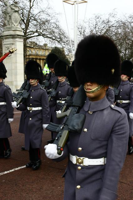 Лондон, Гвардейцы Королевы Англии, photo by Massaraksh