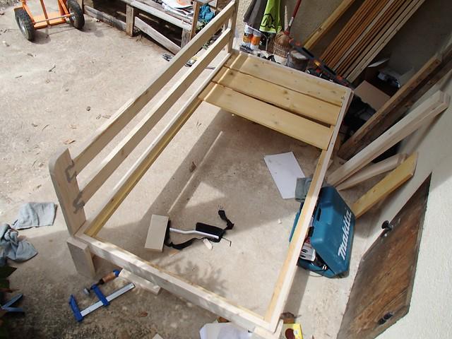 Fiche de savoir 15 construction d un canap en bois nature construction - Fabriquer un canape avec un matelas ...