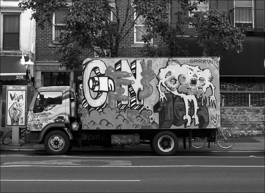 Viva Vita! Graffiti truck in the East Village