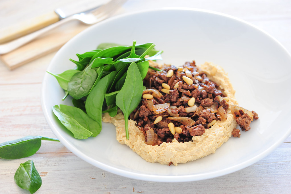 spiced beef with hummus-2