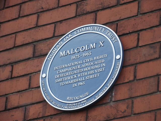 Photo of Malcolm X blue plaque
