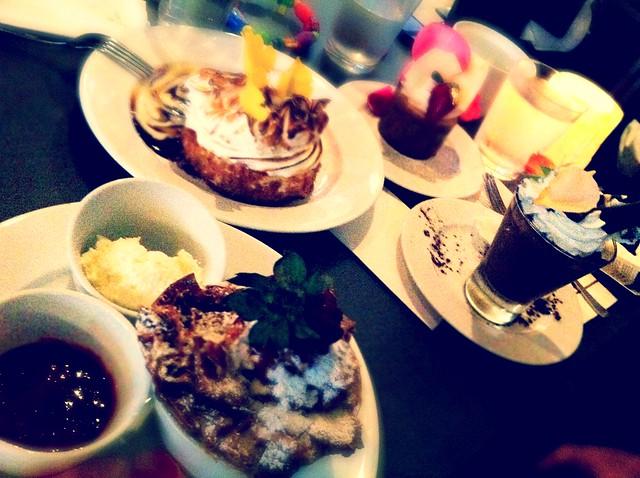 Life: Extraordinary Desserts