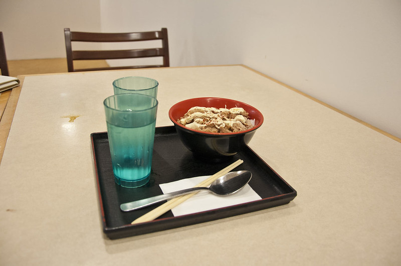 Еда в столовой