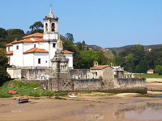 Iglesia de Niembro, Playa de la entrada, Asturias