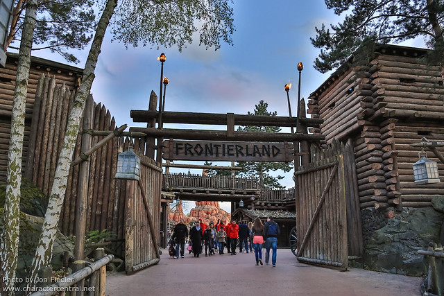 DLP April 2012 - Wandering through Frontierland