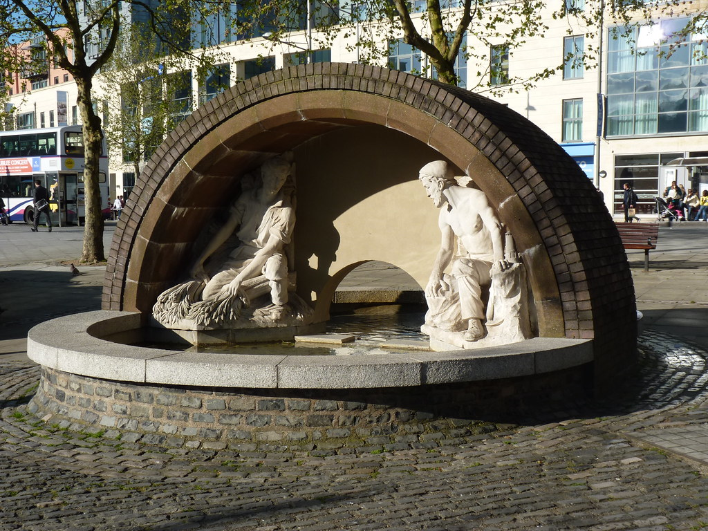 King George V Fountain - 11 May 2012