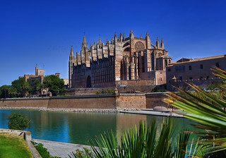 Изображение James I of Aragon. santa blue summer sky building water wall architecture spain europe cathedral maria religion gothic seu le mallorca palma hdr grren