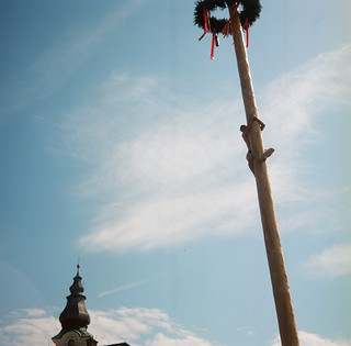 It is the Maibaum!