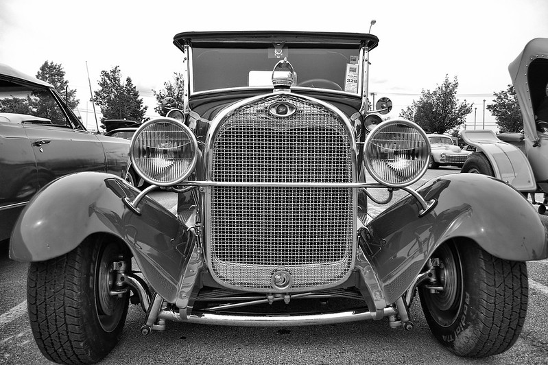20120505_083_BlueSuedeCruise_bw