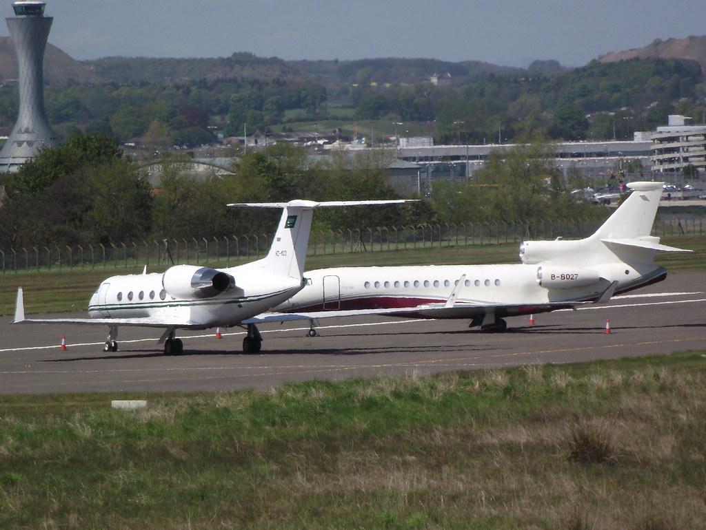 B-8027 - FA7X - Deer Jet
