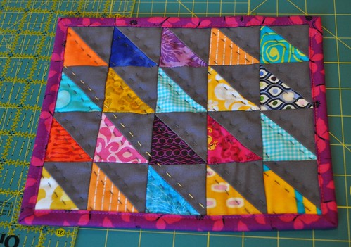 triangle mug rug finished