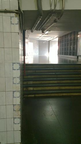 Escales de l'estació Clot-Aragó
