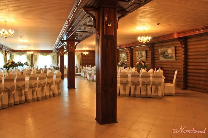 Ресторан Curtea Boierului > Фото из галереи `Главная`