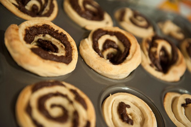 Father's Day Chocolate Swirl Buns