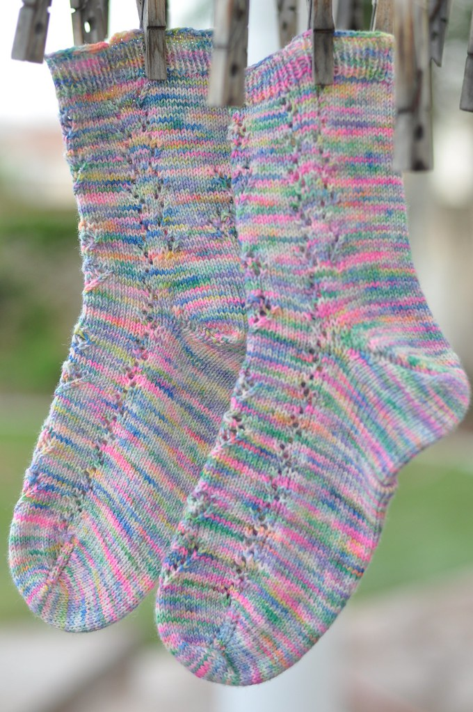 posey knitted socks