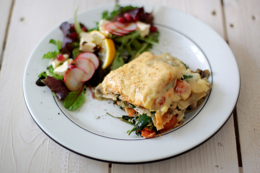 cooking vegetarian veggie lasagne lasagna food recipe rezept kochen salat inspiration lifestyle CATS & DOGS ricarda schernus berlin blogger 1