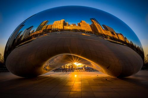city sculpture chicago reflection skyline sunrise millenniumpark cloudgate