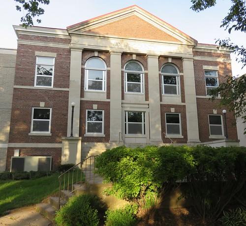 wisconsin friendship wi adamscounty courthouses countycourthouses usccwiadams
