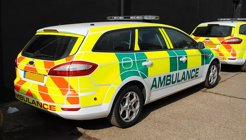 Essex Emergency 2000 / Ford Mondeo / Rapid Response Vehicle