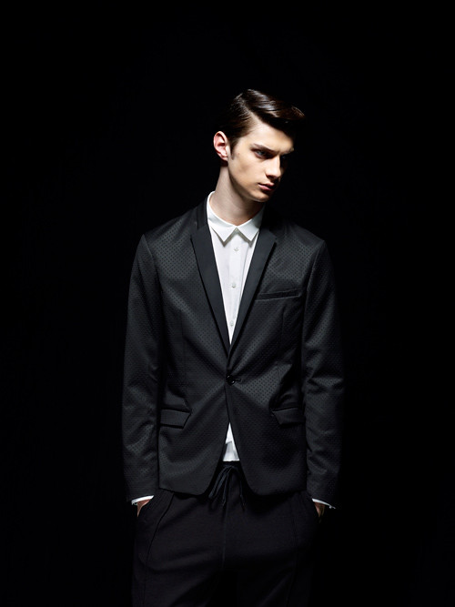 Matthew Bell0010_MOLFIC AW12(Fashion Press)