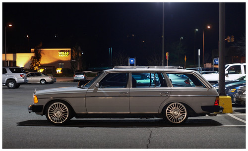 panorama copyright car night wagon mercedes parkinglot automobile allrightsreserved stationwagon legacylens penfm43adapter hzuiko42mm112 ©daveelmore