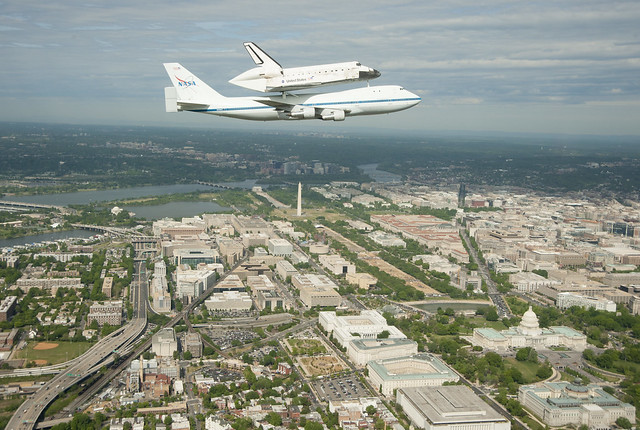 Space Shuttle Discovery DC Fly-Over (201204170008HQ)