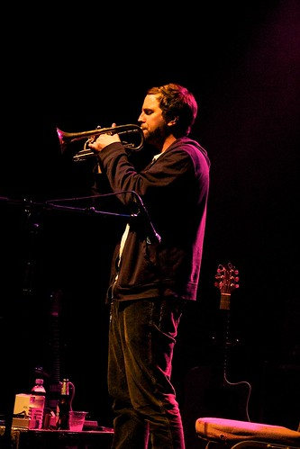 Rich Tomlinson supporting Mazzy Star