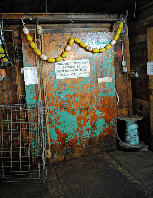Touring the old, damp Bumble Bee cannery - Pier 39 - Astoria, Oregon