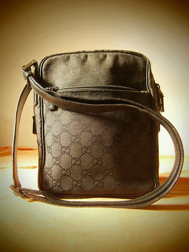 gucci black monogram canvas messenger sling bag manila philippines