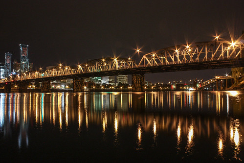 reflection slr night oregon canon portland eos lights downtown waterfront northwest image landmark clear hawthornebridge pacificnorthwest capture popular westcoast willametteriver starburst xsi dsp dimitristucolov dimitristucolovphotography