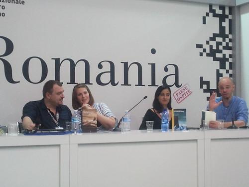 SalTo12 11MAY (08) Incontro con Lucian Dan Teodorovici - Presentazione libro Un altro giro, sciamano (Aìsara 2012) foto cortesia di aisara.eu